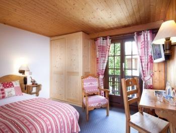 Chalet-Hôtel Aux Mille Etoiles – Single Room