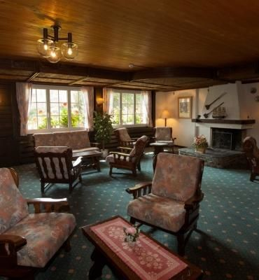 Chalet-Hôtel Aux Mille Etoiles – Lounge