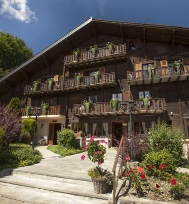 Chalet-Hôtel Aux Mille Etoiles – Außenansicht